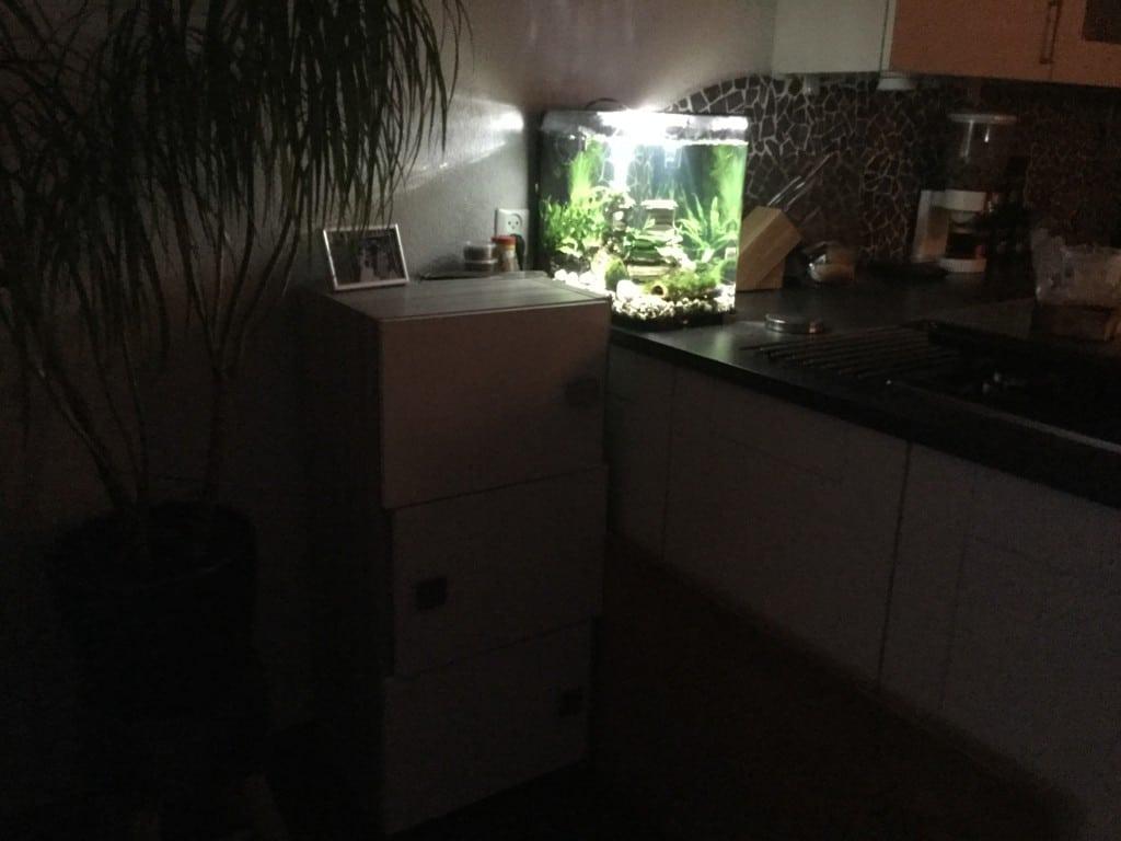 Kastje voor m'n aquariumspullen en de pomp en stekkerdoos